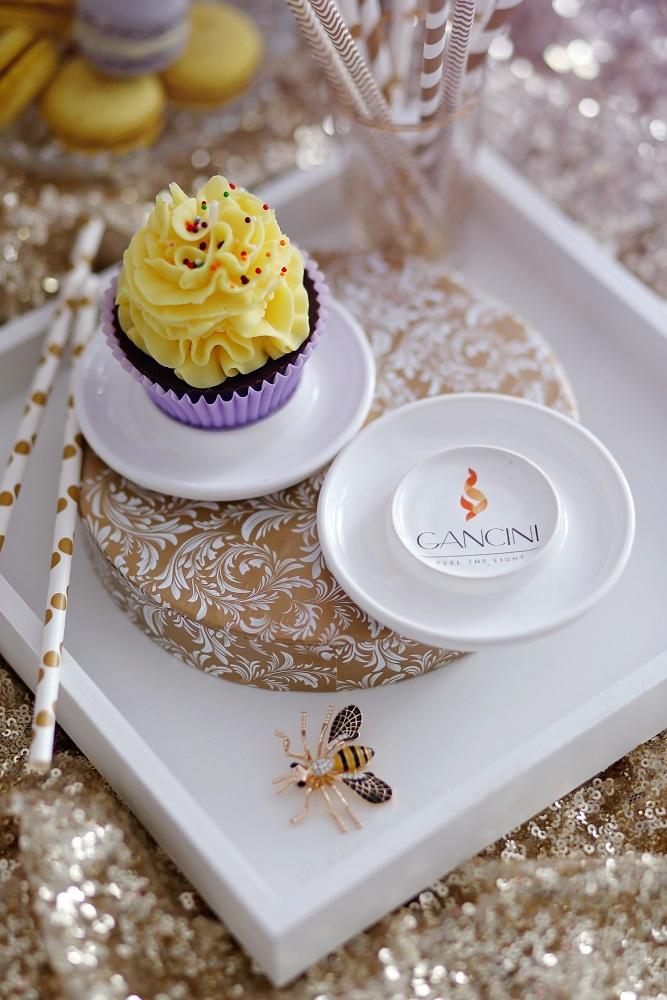 Декоративна свещ кексче Lemon Cupcake